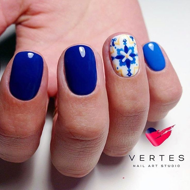 10+ Ideas About Bright Blue Nails On Pinterest