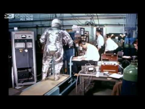 Měsíční stroje - Kosmický skafandr (5) CZ