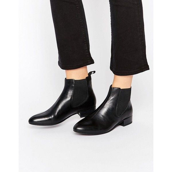 Vagabond Black Leather Chelsea Boots (1,325 MXN) ❤ liked on Polyvore featuring shoes, boots, ankle booties, black, black ankle booties, chunky black boots, black booties, animal print booties and chunky black booties