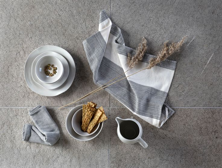 EFTERTANKE handcrafted ceramic plates, bowls and jugs and handwoven tea towels