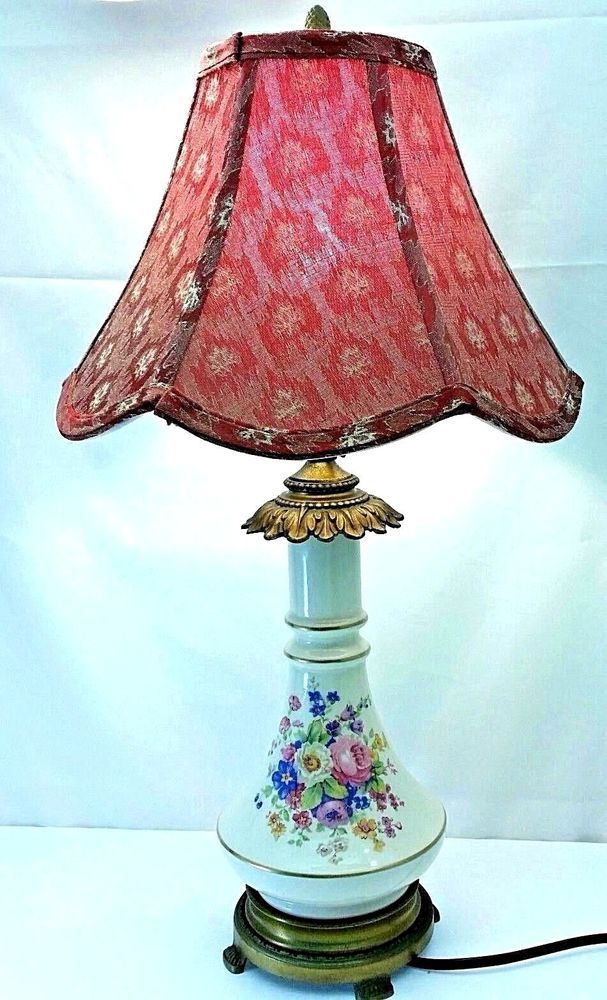 Vintage Porcelain And Brass Urn Floral Accent Table Lamp With