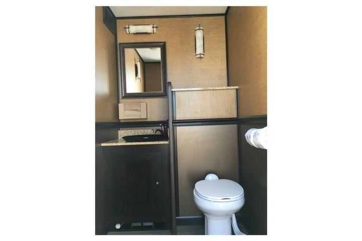 Beautiful satellite restroom rental perfect for weddings