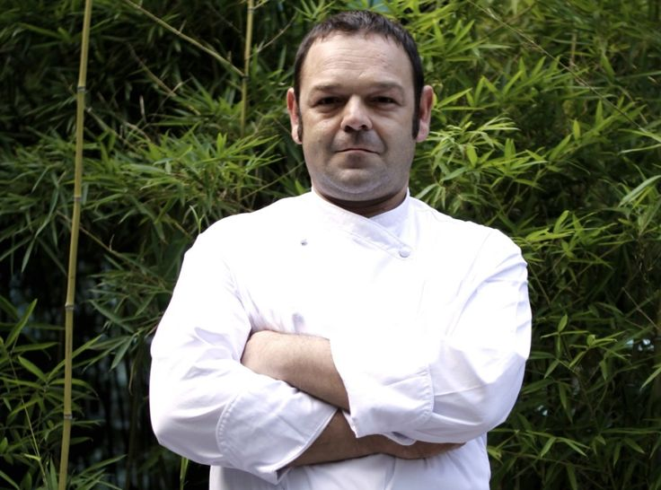 """Lo Chef Marino D'Antonio, del ristorante """"Opera Bombana"""" di Pechino http://www.informacibo.it/_sito/cucina-nel-mondo/ravioli-ripieni-di-prosciutto-di-parma-dop-parmigiano-reggiano-chef-marino-dantonio/"""