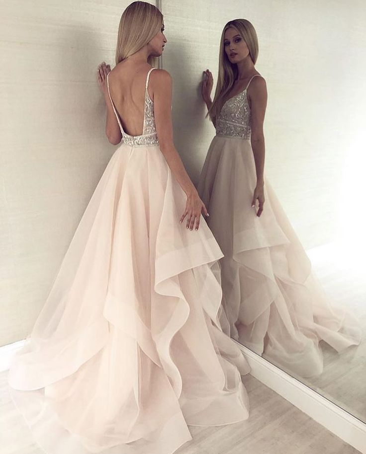 Elegant Light Champagne Tulle Prom Dresses, Spaghetti Straps Beading Party Dresses, Sexy Backless Prom Long Dress