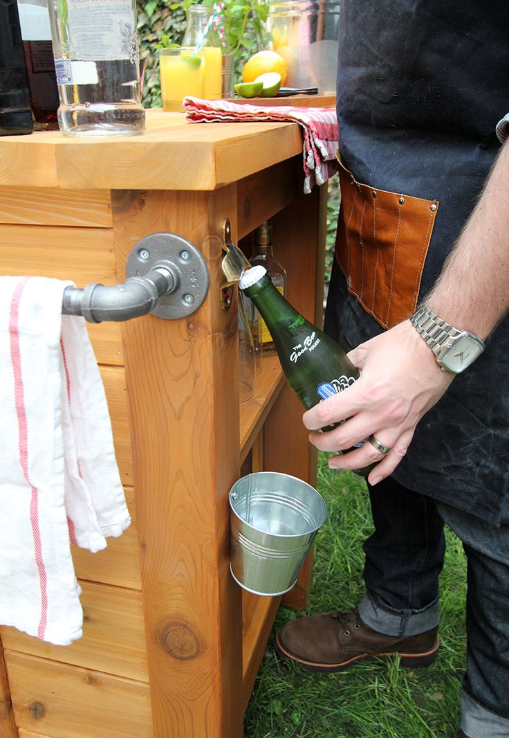 Good DIY Outdoor Bar Via Storefront Life. I Love How Compact And Functional This  Is