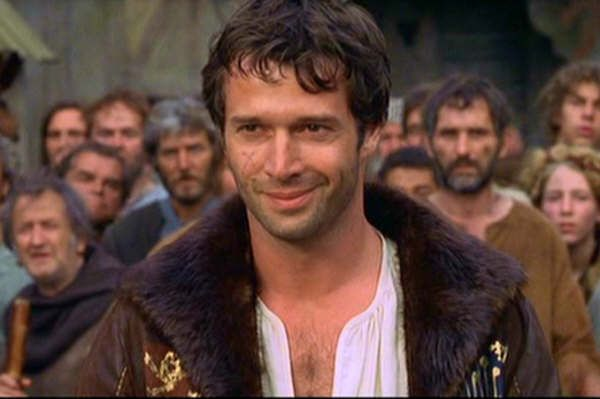 gah....  a rakish rogue of  a golden hearted man...  gah, take me home or lose me forever <3  James Purefoy ♥