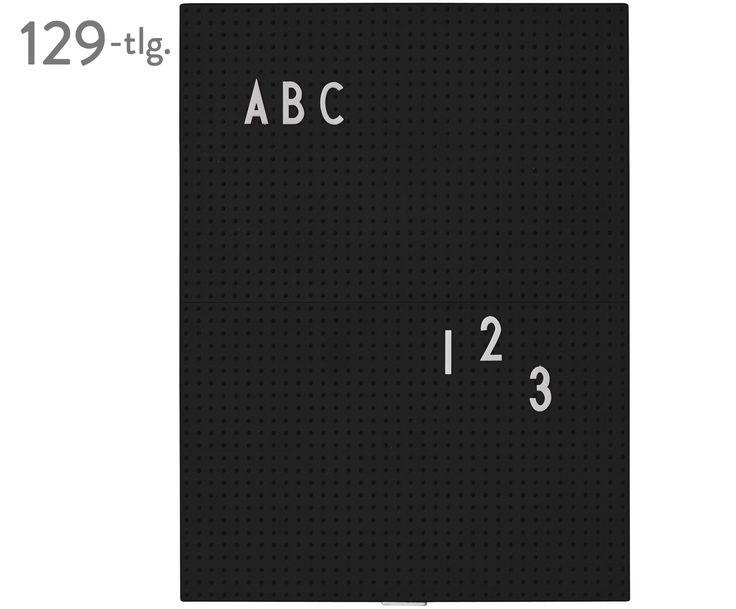 Das dänische Kultlabel DESIGN LETTERS hat sich voll und ganz dem Typografie-Trend verschrieben und damit einen Nerv getroffen, denn Buchstaben sind momentan überall zu sehen. Neu sind coole Letterboards im Retro-Look, die mit 128 ansteckbaren Symbolen und Buchstaben verziert werden. Ob inspirierende Zitate oder witzige Sprüche, die Tafeln sind das neue Must-have für Interioristas und können von klassischem Schwarz-Weiß bis hin zu zauberhaftem Rosa in verschiedenen Farben geshoppt werden.