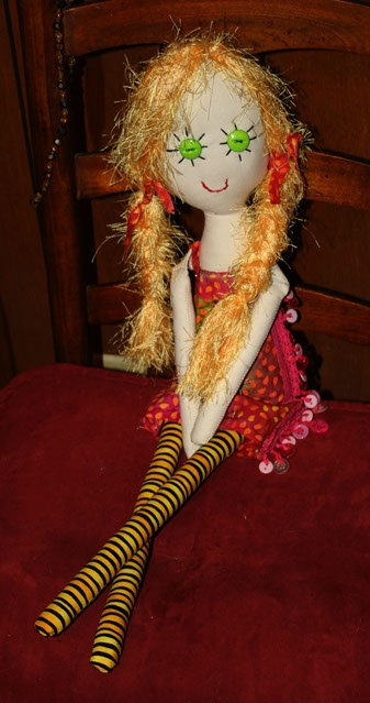 """Gin's Little Characters  Bright Eyed Betsy  27"""" Handemade Rag Doll"""