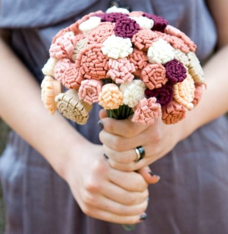 This would be cute to use the idea and make an exact copy of my wedding bouquet, and keep this one and throw the other one!  Too cute!!