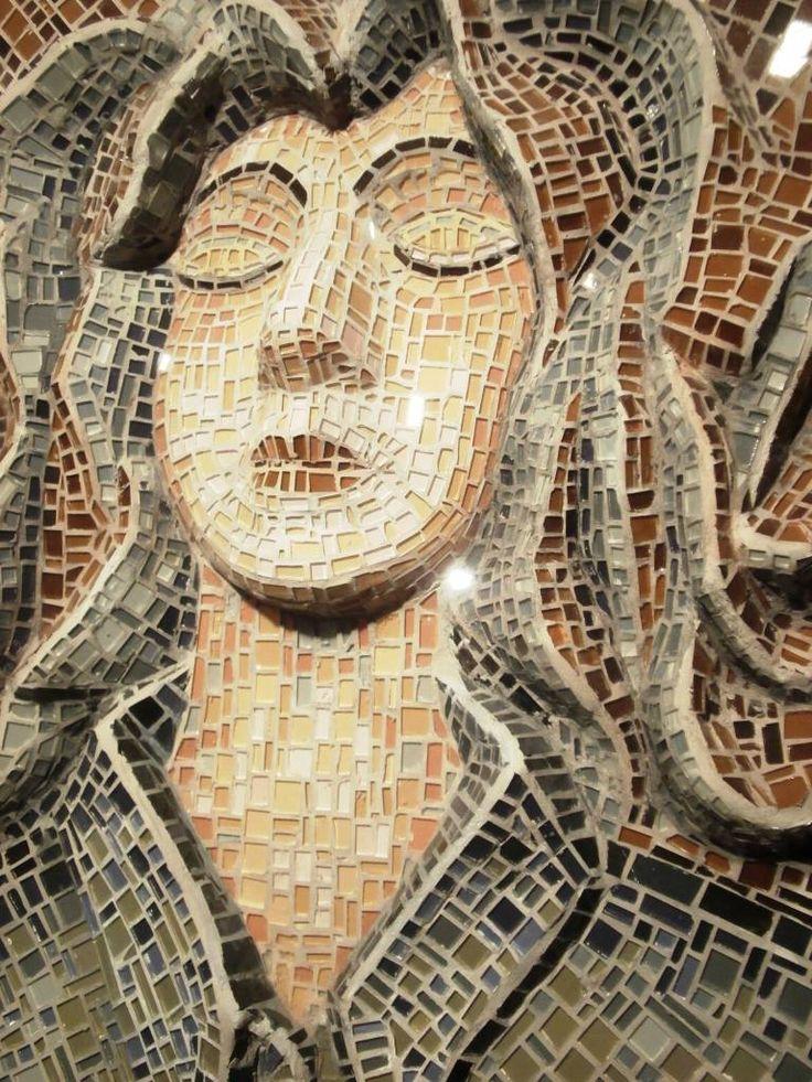 disillusioned (di mosaico di Marzia Dottarelli)