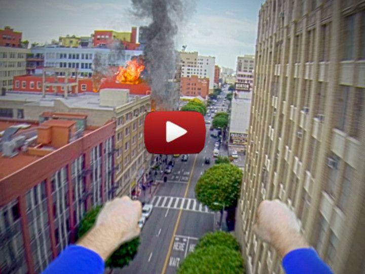 Video de Superman usando una Cámara GoPro http://yeow.com.ar/2014/03/video-superman-usando-camara-gopro.html #--    Genial Video de Superman usando una Cámara GoPro que encuentra y que pretende devolver al verdadero dueño, mientra está grabando la ciudad usando la GoPro