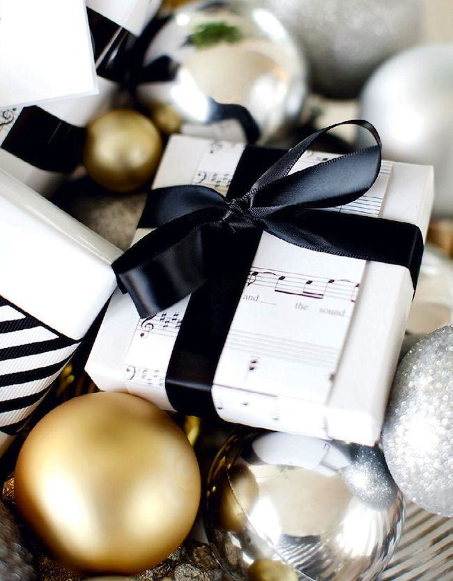 Black And White Christmas Party Ideas Part - 25: Idea For Christmas Wrapping / Black And White / Diy