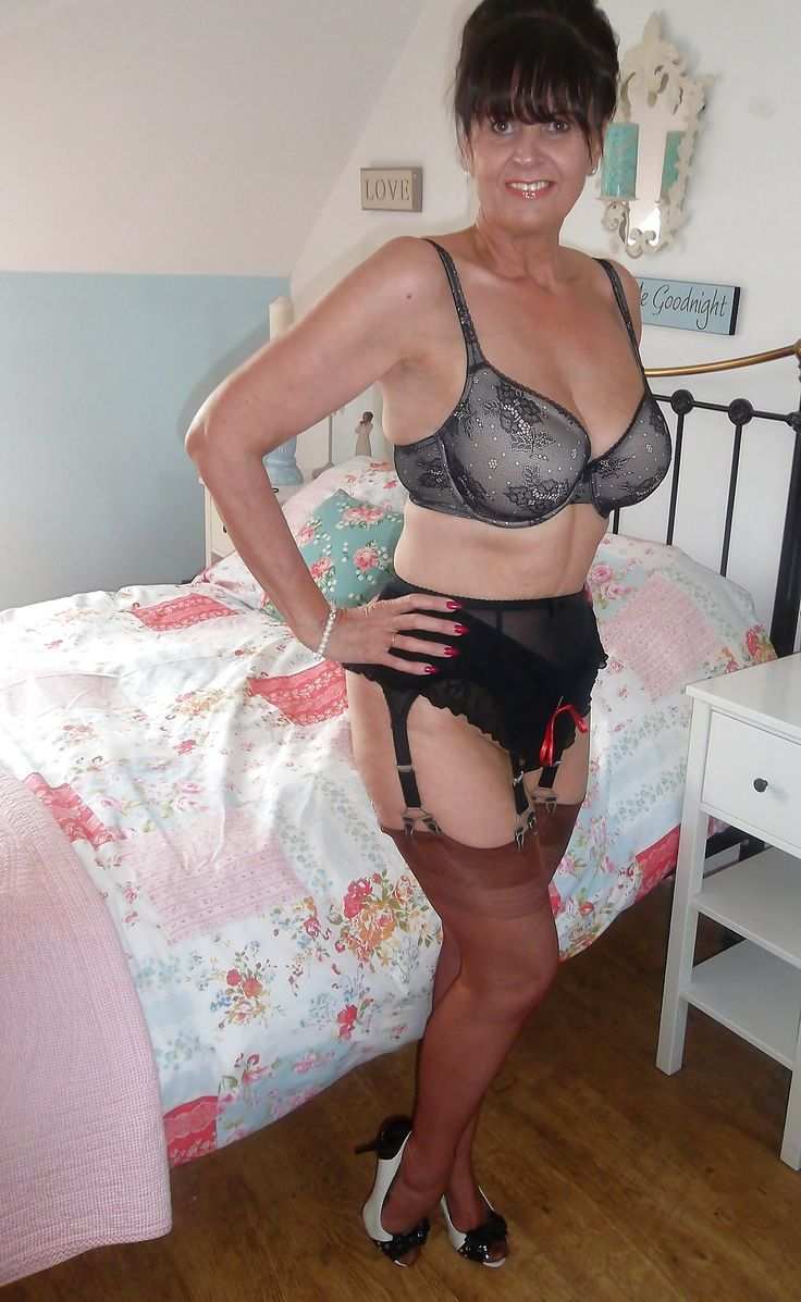 Bra in mature woman thick