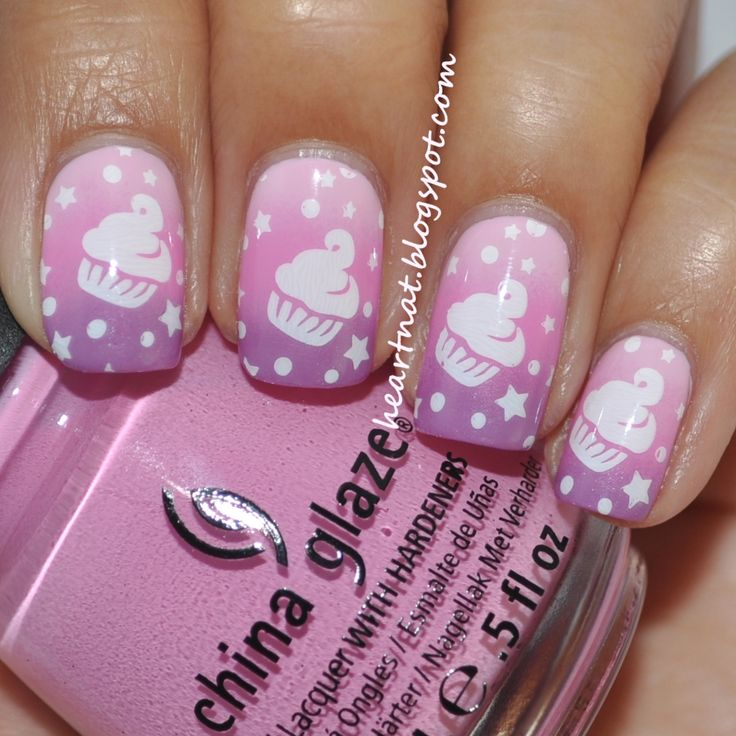 Adorable cupcakes!: White Cupcakes, Cute Cupcakes, Adorable Nails, Cupcakes Nails Art, China Glaze, Purple Gradient, Art Is, Cupcakes Rosa-Choqu, Adorable Cupcakes