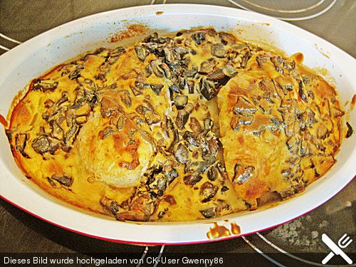 Hähnchenbrustfilet aus dem Ofen mit Champignons