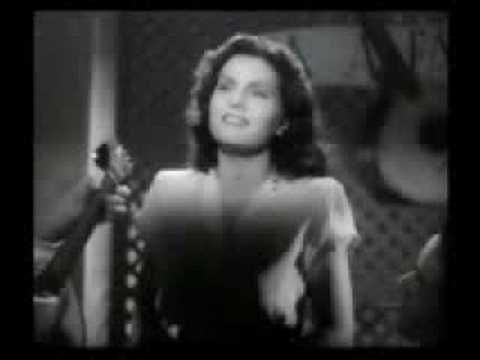 Zanguei-me com Meu Amor - Amália Rodrigues