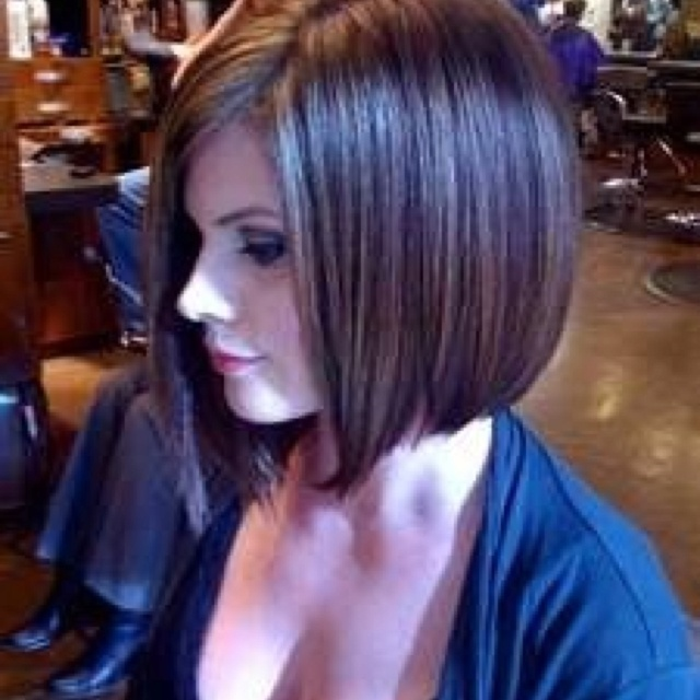 Short bob: Hairstyles, Shorts Hair, Haircolor, Hair Cut, Hair Style, Bobs Cut, Hair Color, Bob Haircuts, Long Bobs Haircuts