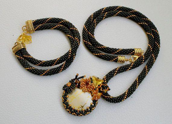 SET Halskette und Armband / Perlen / Schmuck / Peyote / von Mulinka