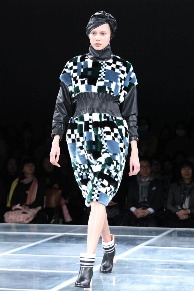 ミントデザインズ、ポストモダンに魅せられた近未来【16-17AWウィメンズ】 2枚目 #mintdesigns #2016 #2017 #aw #fashion #tokyo