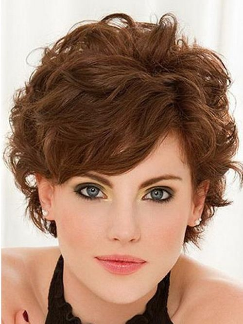 curly hairstyles for short hair with layers