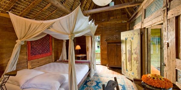 antique javanese bedroom