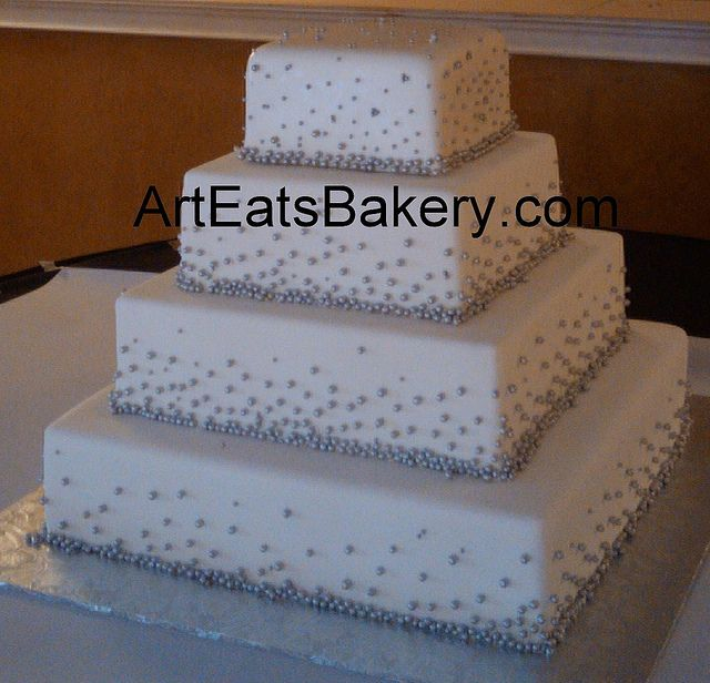 white and silver square wedding cakes 17 best images about silver pearsl wedding cakes on 27225