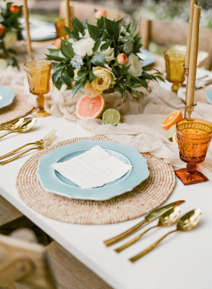 Citrus Summer Wedding Inspo || Styling: Ginger & Blooms. Photography: Amanda Adams Photography. Rentals: White Glove Rentals. Venue: Maryland (Strong Mansion Sugarloaf Mountain)