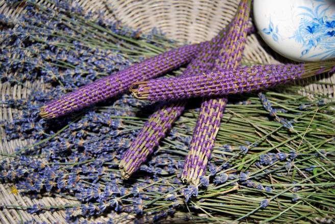 17 best images about lavandula lavendel on pinterest the o 39 jays lavender and sticks. Black Bedroom Furniture Sets. Home Design Ideas