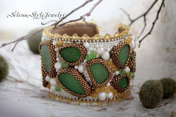 Beadwork Bracelet with sea glass The Green by SelenaStyleJewelry