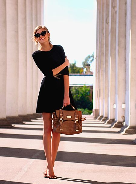 simple: Outfits, Fashion, Cat Eye, Style, Brown Bags, Little Black Dresses, The Dresses, Sunglasses, Black Dress