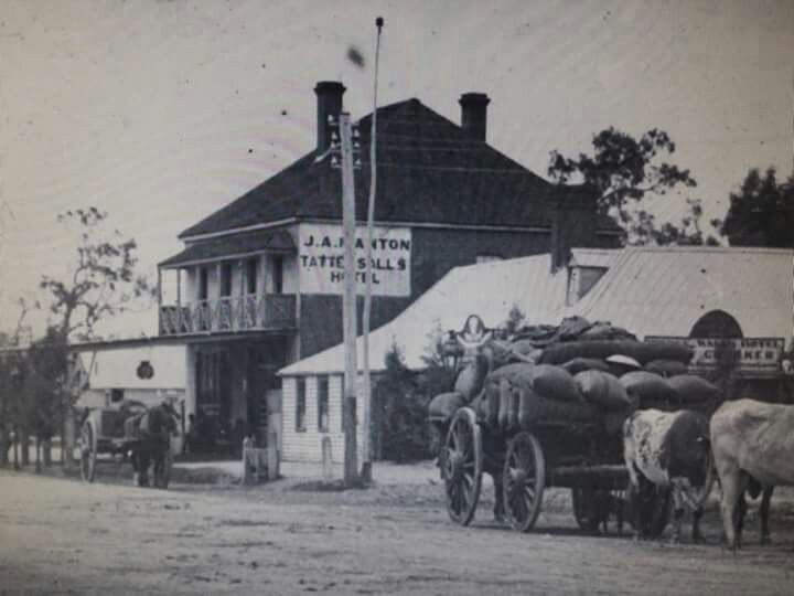 Tattersalls Hotel on Fitzmaurice St, Wagga Wagga,New South Wales in the late 1800s.