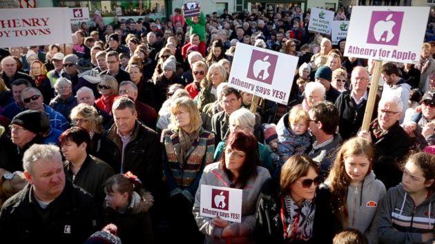 La comunità di Athenry in Irlanda appoggia la costruzione del data center Apple