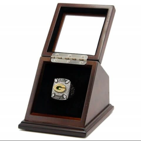 NFL 2010 Super Bowl XLV Green Bay Packers 18K Gold-Plated Championship Replica Fan Ring with Wooden Display Case - Rodgers was the special item to memorize the great time that the quarterback of Green Bay Packers Aaron Rodgers gained his first the Super Bowls MVP, and represented the honorable moment in 2010 seasons.
