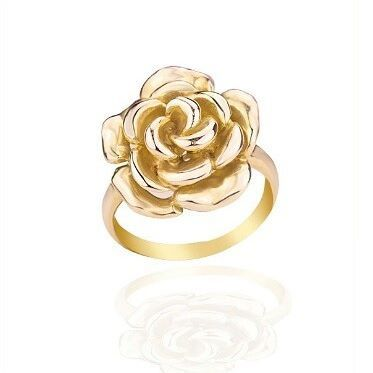 Feeling floral? Keep your style consistent with this gorgeous 9ct gold rose ring 🌹  #floral #flowers #ring #jewellery #summer #anniversary #love