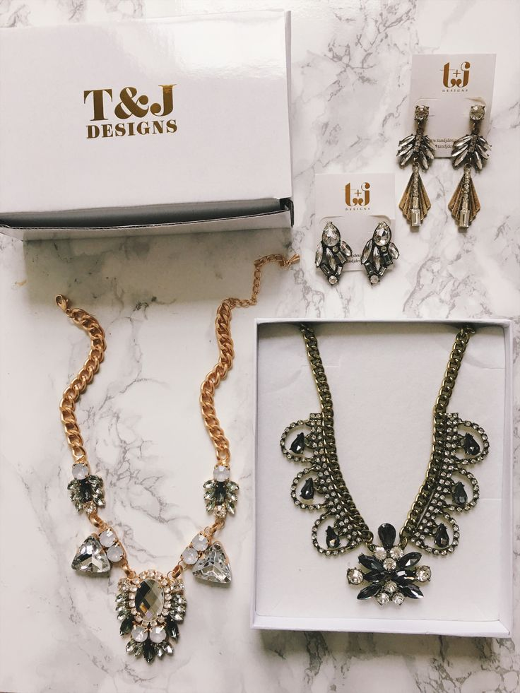 statement jewelry how to wear