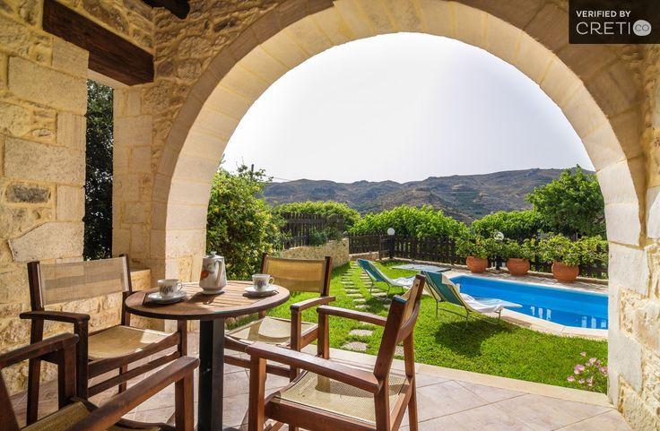 Traditional villa Manolia in a peaceful environment, Platanos   Cretico