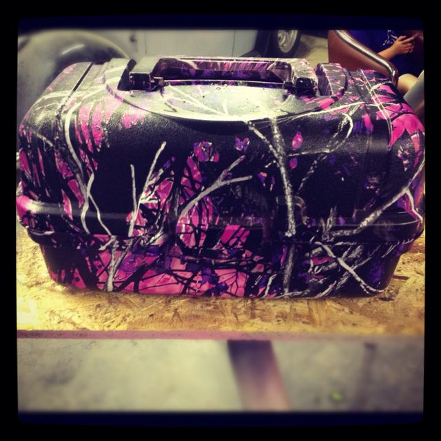 Muddy girl tackle box boondocks hydrographics for Pink camo fishing pole