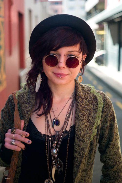 Alternative | Girl | Fashion | Piercing | Necklaces | Indie