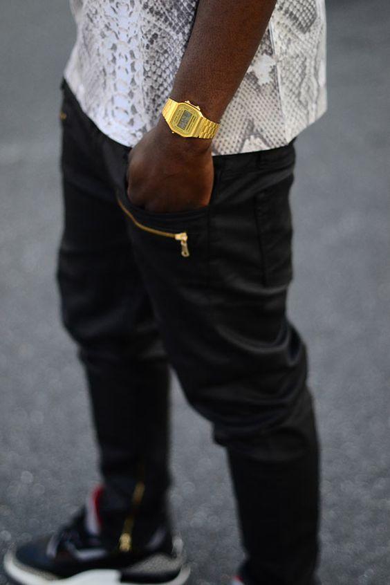 Relógio Masculino. Macho Moda - Blog de Moda Masculina: Relógio Masculino: Dicas de Modelos para cada Tipo de Look - Guia Macho Moda. Moda para Homens, Roupa de Homem, Dicas de Moda Masculina. Relógio Pulseira Dourada, Relógio Retrô, Relógio Casio Vintage Dourado.