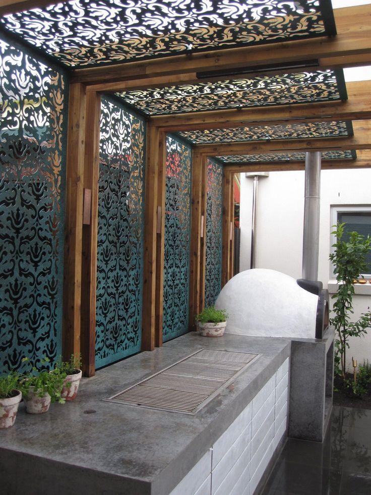 extraordinary privacy fence line landscaping design ideas on backyard garden fence decor ideas id=91164