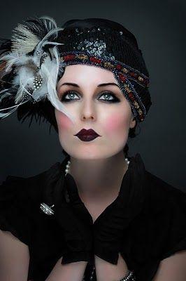 20's makeup - dark eye, dark lip