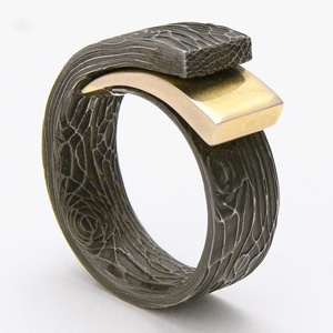 Damascus steel and 22k gold ring - Avant Garde Jewellery
