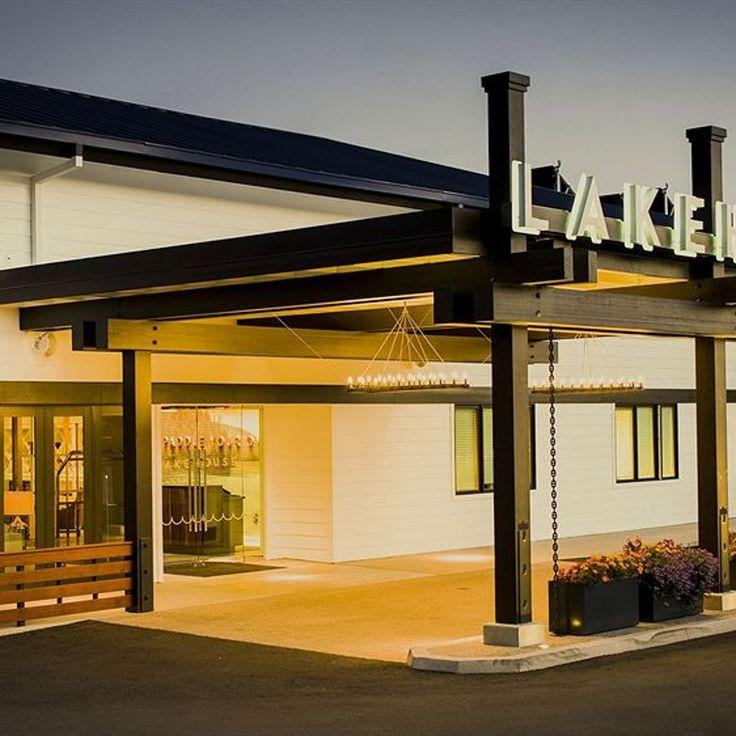 Lakehouse Hotel and Resort San Marcos California
