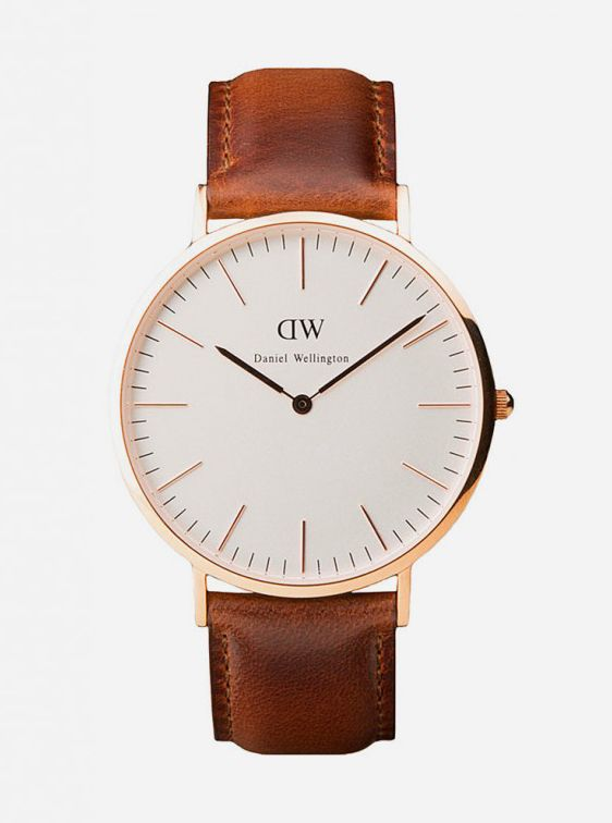 St. Andrews Rose Gold by Daniel Wellington. It aims to be the signature identity of a preppy style that is now bigger than ever. The look and feel of the watch is elegant, refined, and classic, featuring clean design with different patterns and colors of interchangeable Nato straps.  http://www.zocko.com/z/JGrQj
