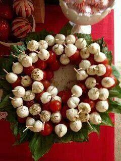 Caprice mozarella wreath