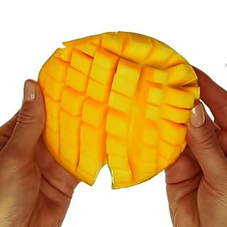 The Right Way to Cut a Mango (Video)