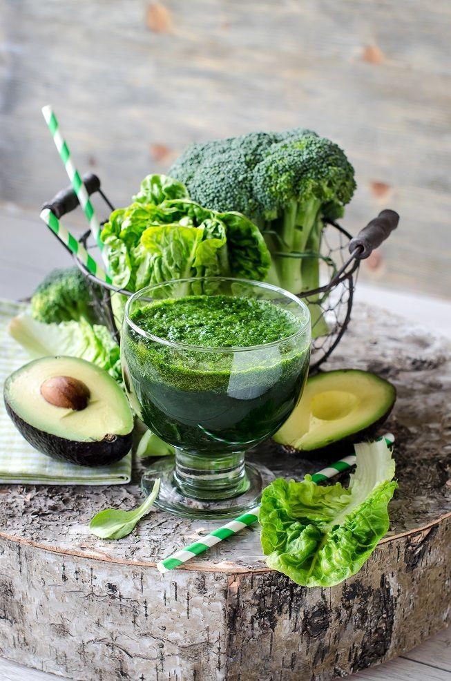 Knackiger Salat, cremige Avocado, aromatischer Zimt und feuriger Cayenne Pfeffer bringen euren Stoffwechsel in Schwung und entschlacken euren Körper.