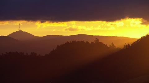 Sunset over Kaimai Ranges, near Waihi. Photo by DavidWallPhoto.com