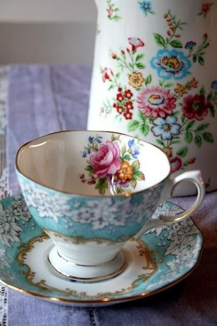 I love this tea cup & saucer...so pretty. Reminds me of my grandmothers. They loved to have tea parties with me...