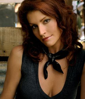 Simmone Jade Mackinnon as Stevie Hall on McLeod's Daughters